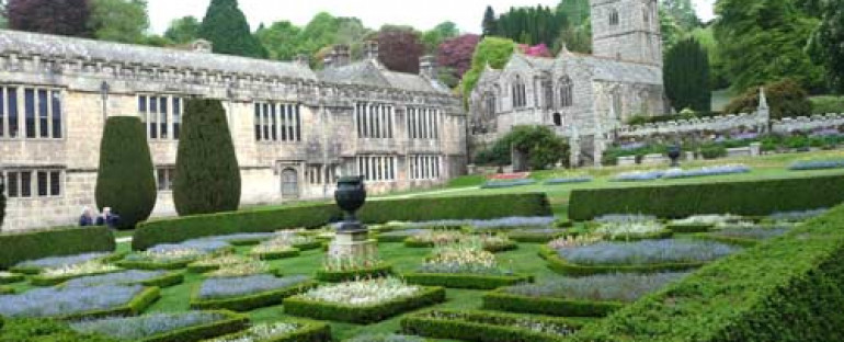 CHATEAU DE LANHYDROCK ( Angleterre)