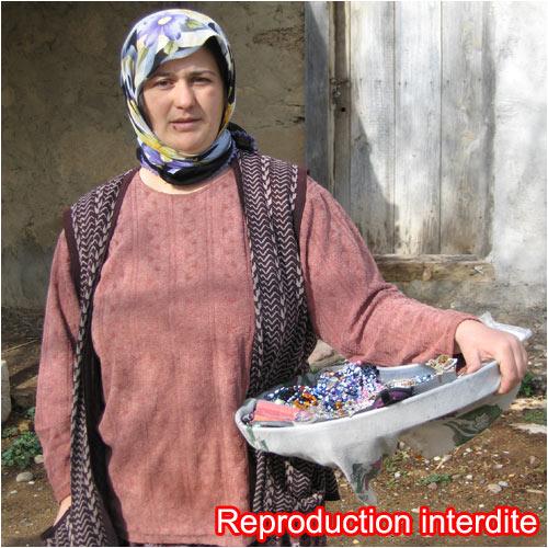 Portrait d'une femme Turque prise dans un petit village