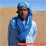 Une jeune homme typique du désert