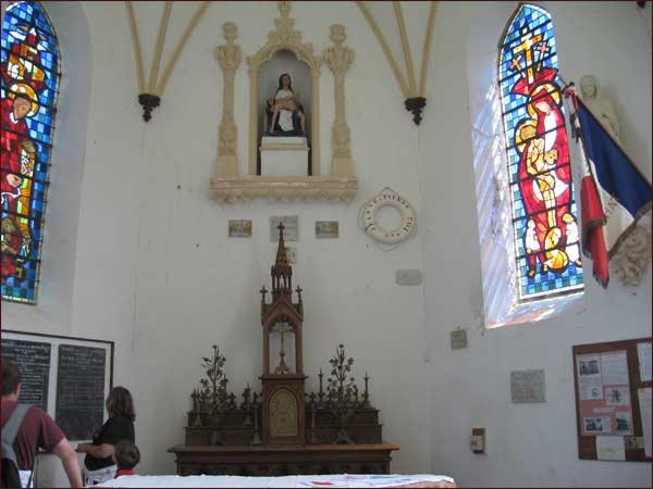 intérieur de la petite chapelle