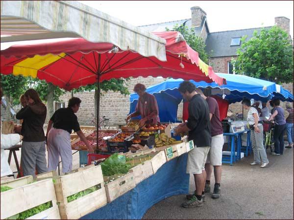marché bio de l'Ile de Brehat