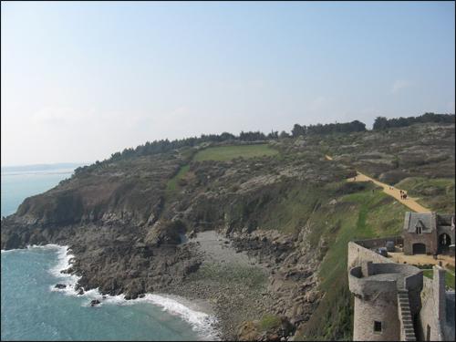 fort-lalatte-vue-du-donjeon
