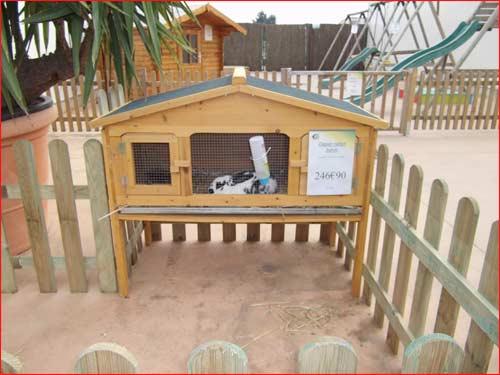 clapier beton trouvez le meilleur prix sur voir avant d. Black Bedroom Furniture Sets. Home Design Ideas