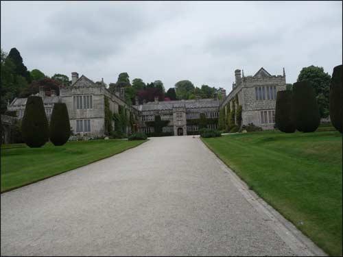 chateau-lanhydrock