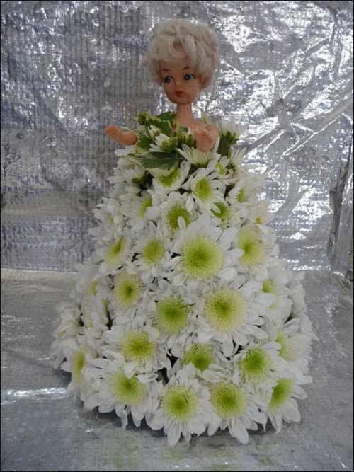 poupée fleurie